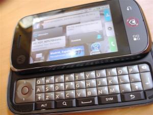 Motorola Cliq, DEXT